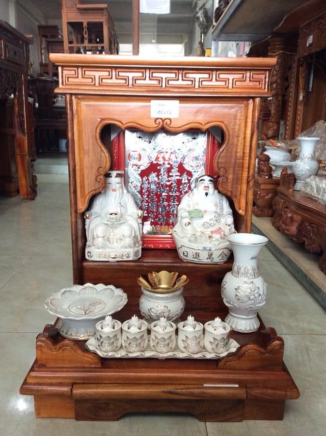 Thiết kế mẫu bàn thờ Thần Tài hộp đơn giản