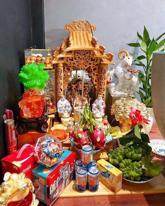 Lễ vật cúng thổ công tùy thuộc vào điều kiện và lòng thành của từng gia đình