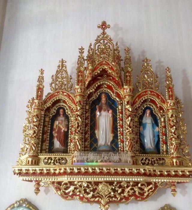 Tòa thờ Công Giáo 3 buồng