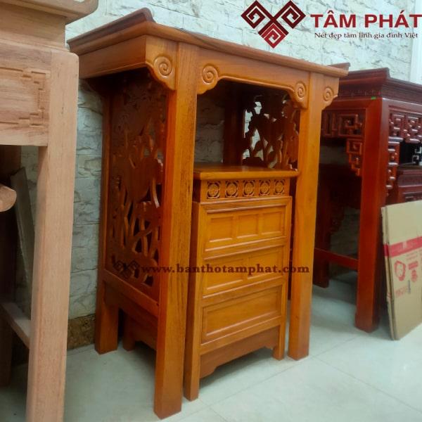 Mẫu bàn thờ BTG1041 với thiết ké đơn giản