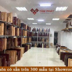 Showroom bàn thờ Tâm Phát luôn có sẵn trên 300 mẫu để Quý khách hàng lựa chọn