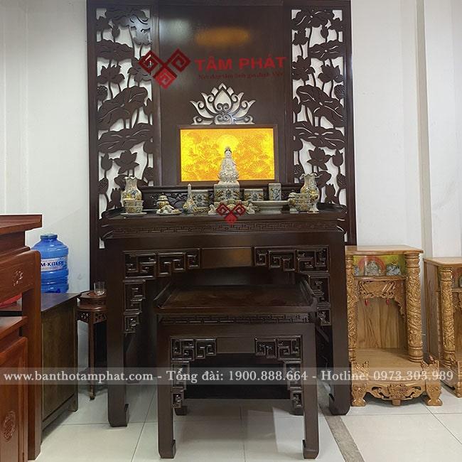 Bàn thờ Phật chung với gia tiên có được không?