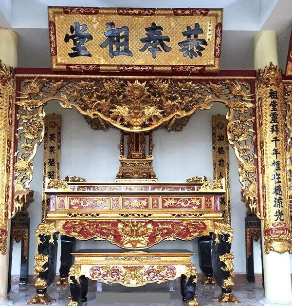 Cách treo hoành phi câu đối trên bàn thờ