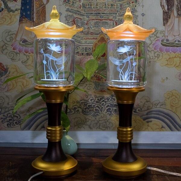Đèn để trên bàn thờ có kích thước phù hợp