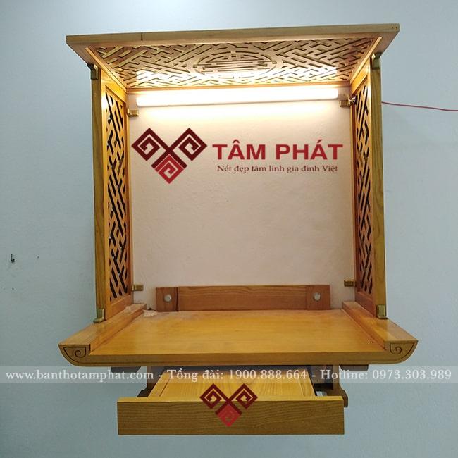 Bàn thờ treo tường nhỏ có ngăn kéo chất liệu gỗ sồi màu sáng