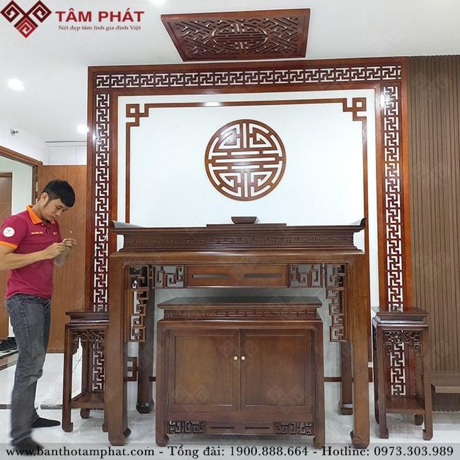 Bàn thờ gỗ Gụ có độ bền 100 năm